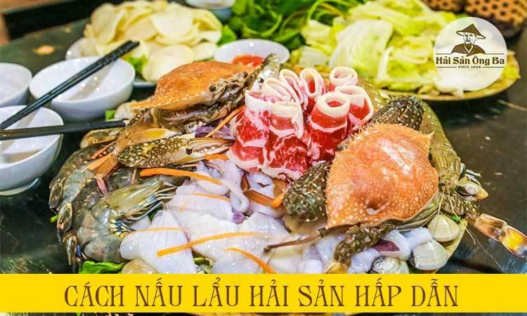 con cua biển, tôm, đĩa hải sản trên bàn, bát, đũa